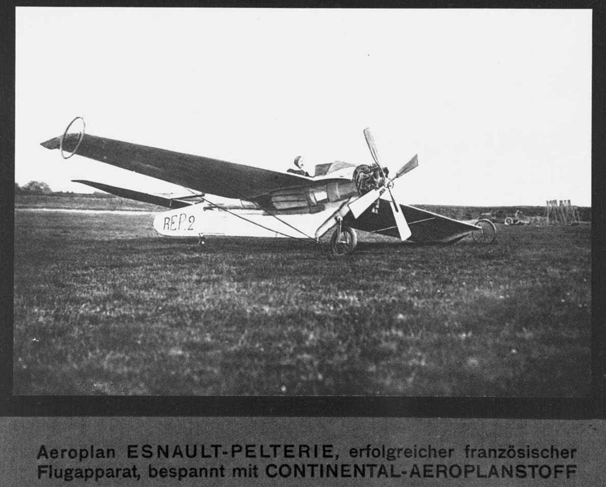 Fly på bakken. Esnault-Pelterie R.E.P. 2. Pilot ombord