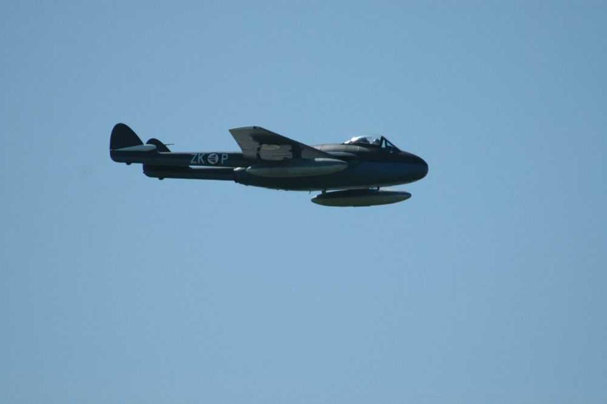 Ett fly i lufta. De Havilland Vampire MK52.