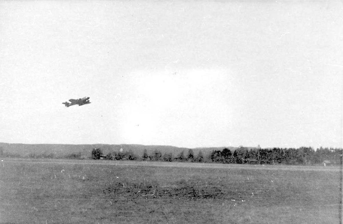 Ett fly i luften, Gloster Meteor Mk IV.