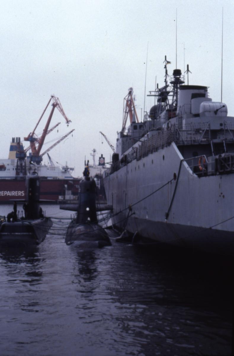 Fartyg: NÄCKEN                          Rederi: Kungliga Flottan, Marinen Varv: Kockums i Karlskrona Övrigt: Tjänstgöring på Näckenubåt. Näcken Sjöhästen och Älvsborg i Göteborg