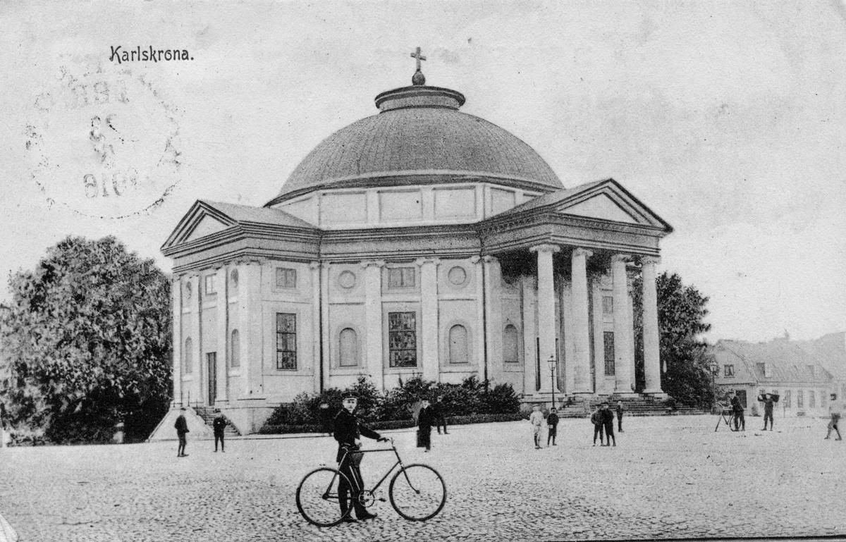 Övrigt: Trefaldighetskyrkan i Karlskrona 1916. Vykort