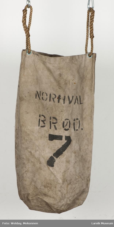 Brødpose i lerret m. maljer øverst for taustropp.