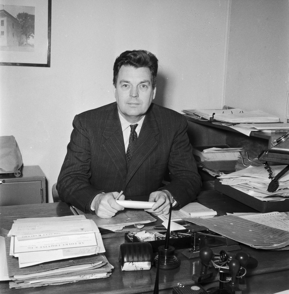 Övrigt: Foto datum: 24/2 1961 Byggnader och kranar Driftskontoret interiör