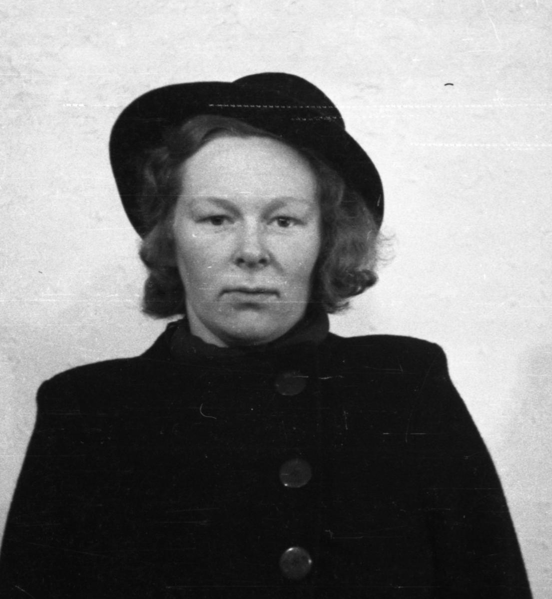 Passbilde av Anne Hjuksebø