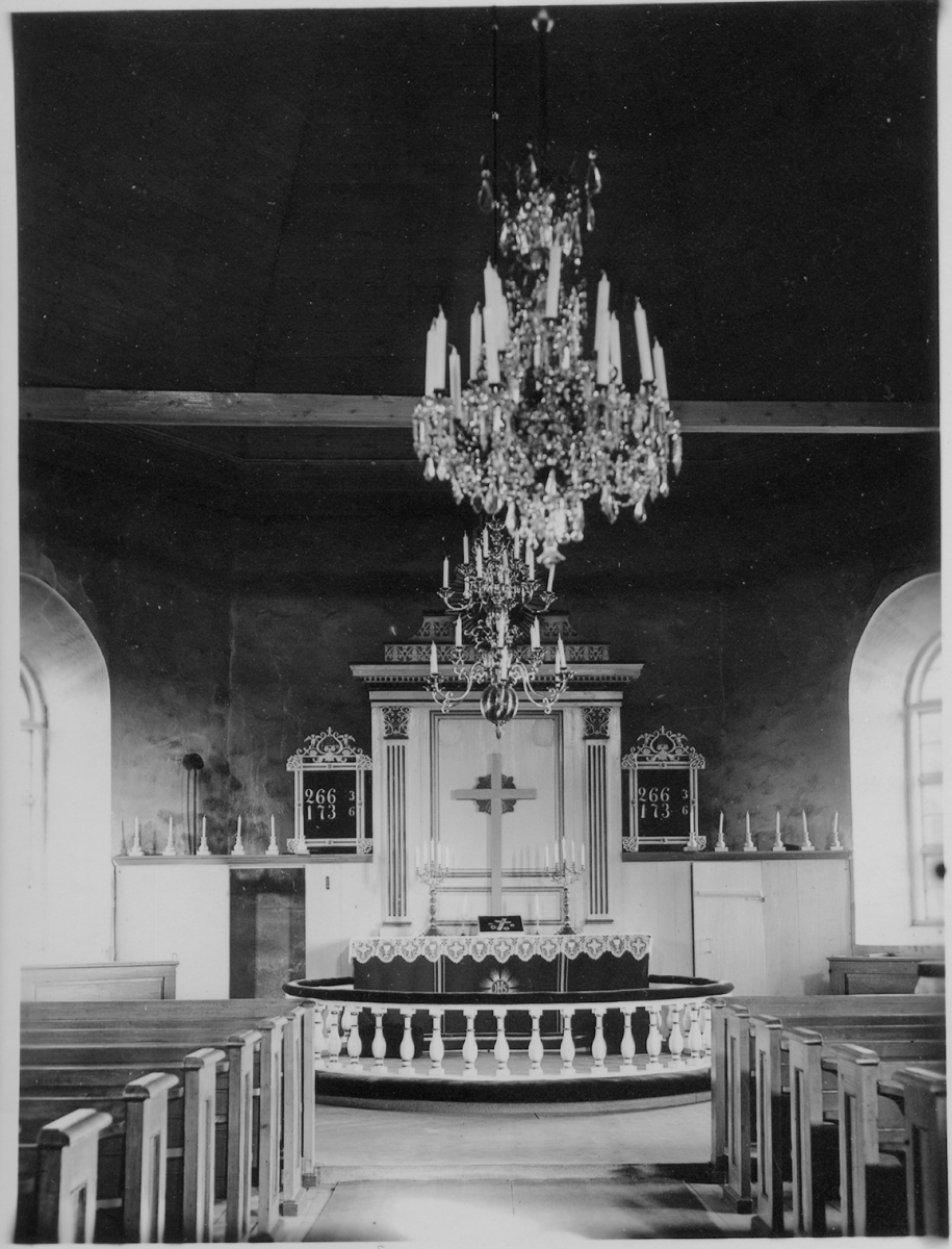 Interiör.  Lerdal kyrka