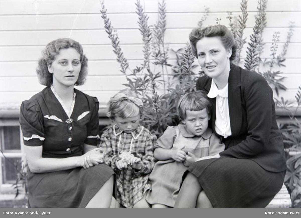 Ekstern kommentar: Irene Pettersen og Ruth Strøksnes med døtre, Røsvik.