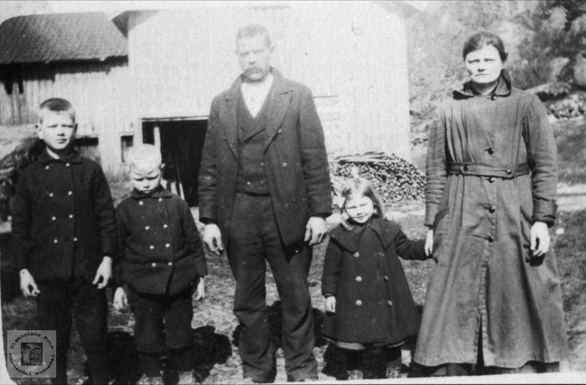 Familie på Eikså