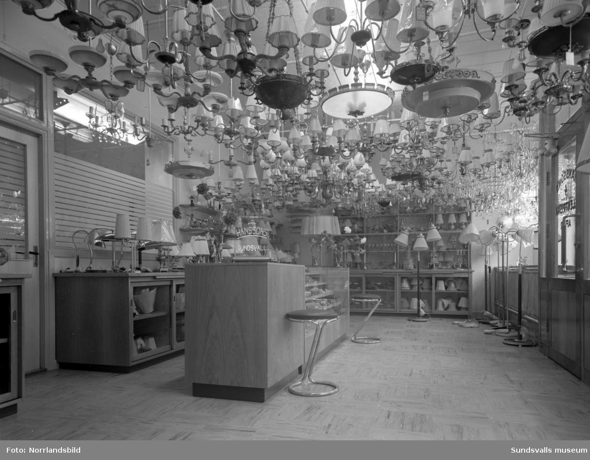 Hanssons Elektriska i nya moderna lokaler vid Esplanaden.
