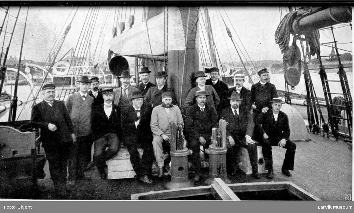 """båtmannskap, polarskipet """"Fram"""""""