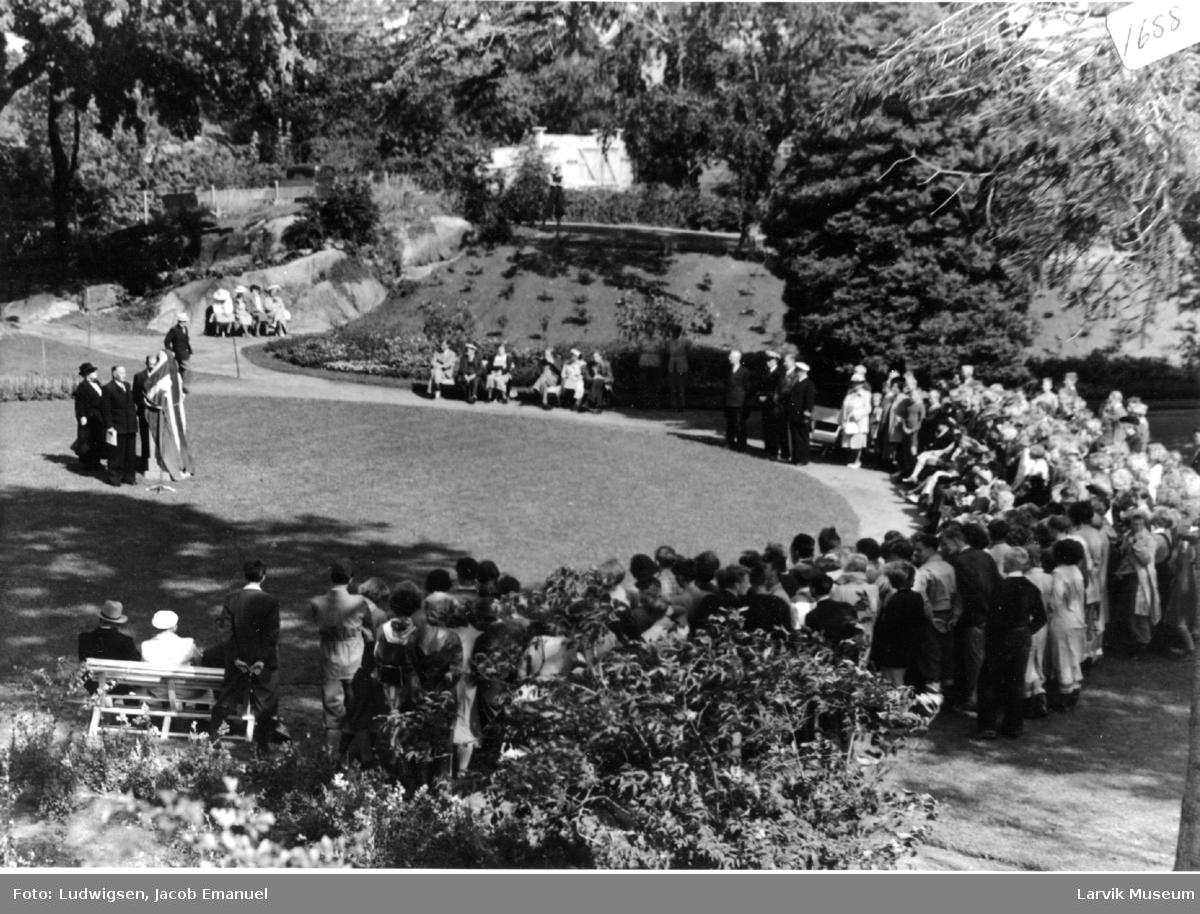 Avduking av Colin Archer-monument på Tollerodden i Larvik