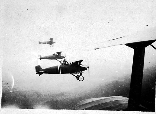 Luftfoto, formasjon, 3 fly i lufta, Hauk.