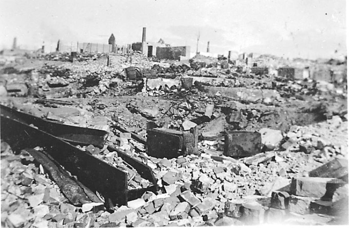 Bodø i ruiner etter bombingen under 2. verdenskrig.