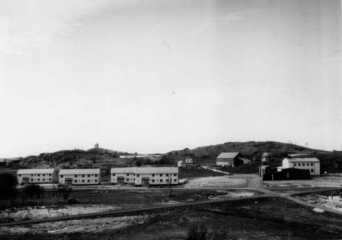Lufthavn- flyplass.    Radar, gårdsbruk, messe og forlegninger på Bodø hovedflystasjon.