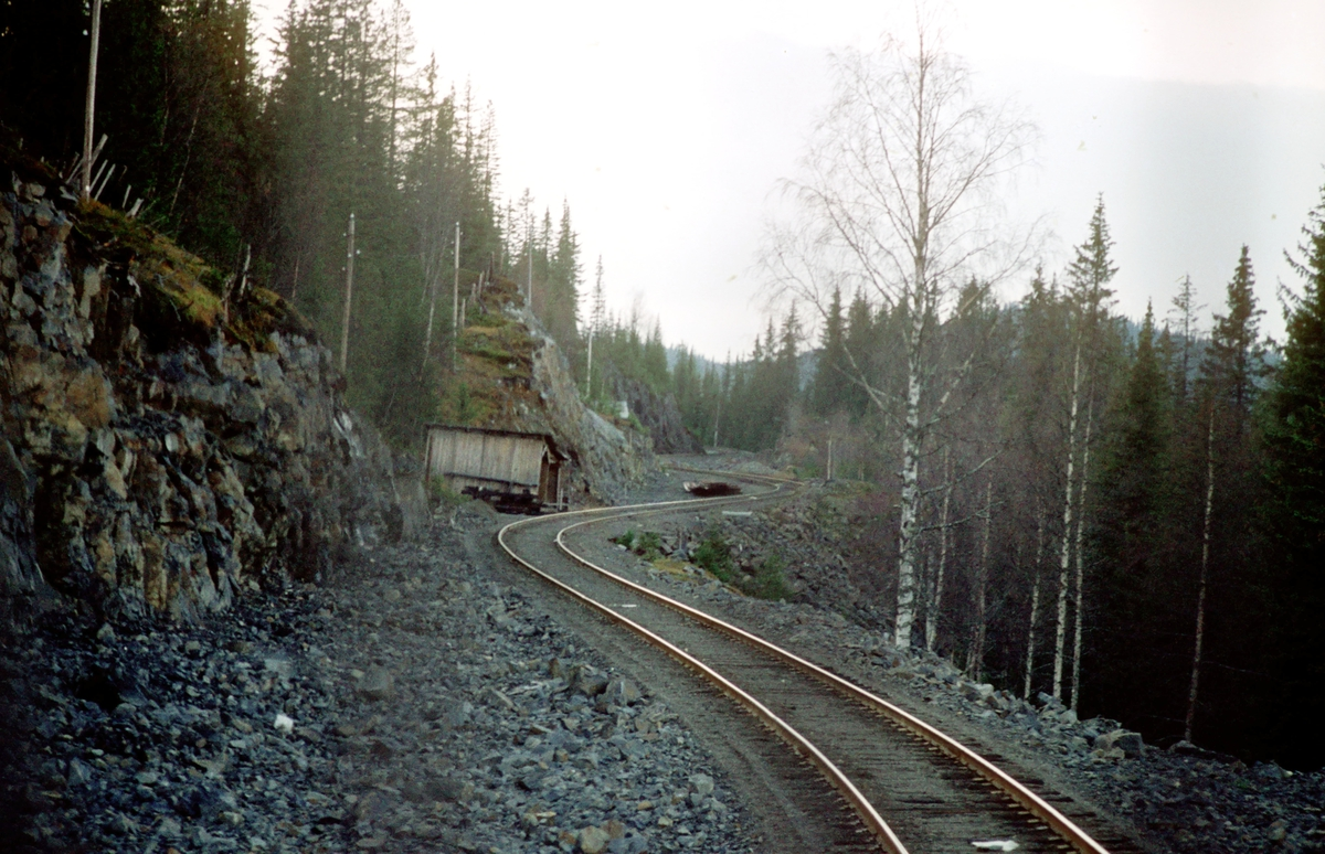 Valdresbanen ved Tonsåsen sett fra lokomotivet i tog 281 (Oslo Ø - Fagernes)