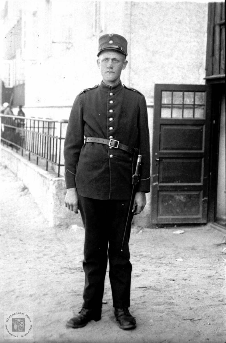 Soldat. Ommund Fjellestad.