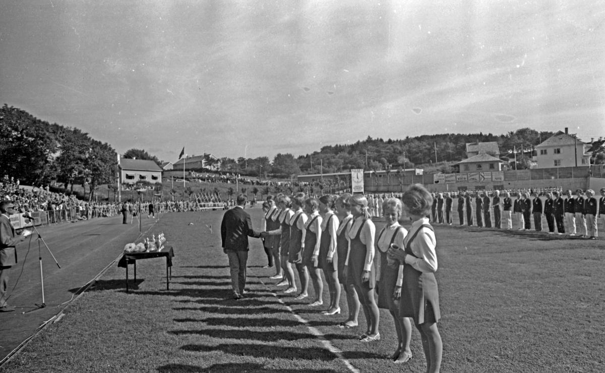 NM i turn - 1970. Del 12 av 13. Premieutdeling - Damer.