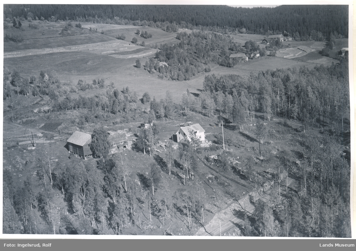 Landåsødegården, Landåsbygda