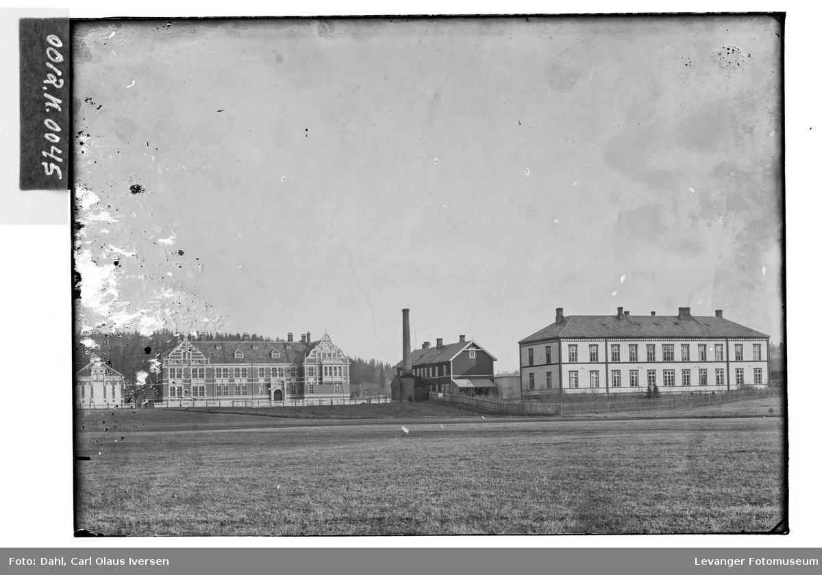 Lærerskole og sykehus i Levanger