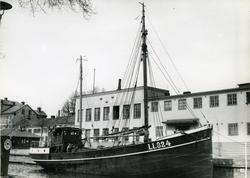 Ägare:/1953-61/: ett partrederi, Huvudredare: Thure N. Claes