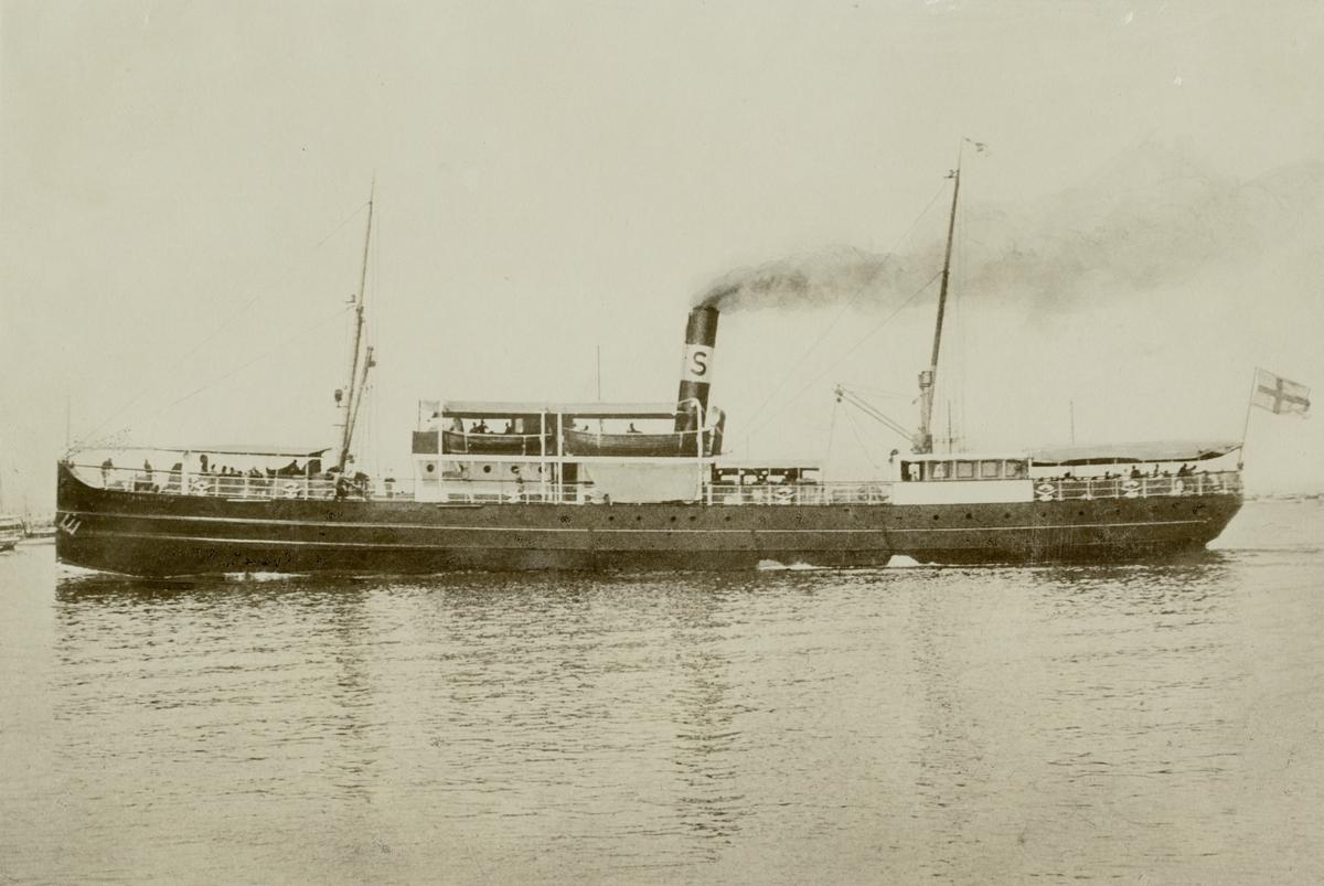 Passagerarångfartyget DROTTNING SOPHIA av Stockholm.