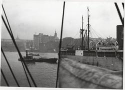 Ångfartyg på Themsen