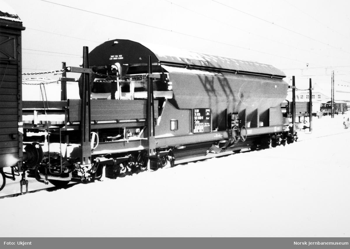 Ny bunntømmingsvogn litra Tadss nr. 583 9000, bygd for trafikk på Meråker Smelteverk