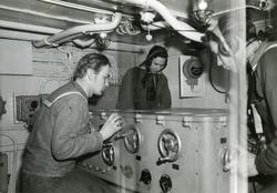 Eldledningscentral på jagaren Mjölner, mars 1945.