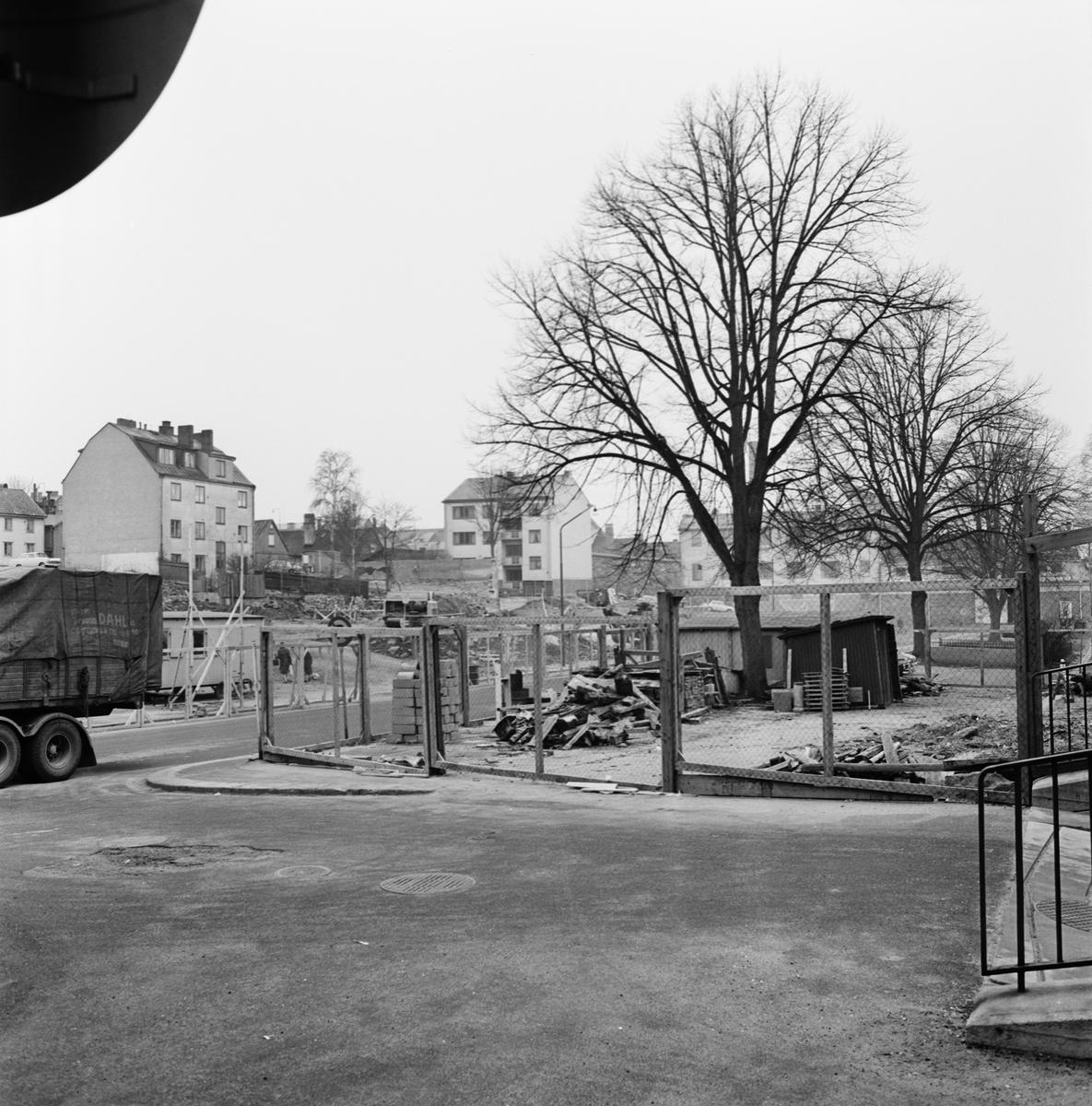 Övrigt: Foto datum: 7/5 1965 Byggnader och kranar Kvarteret Pollux