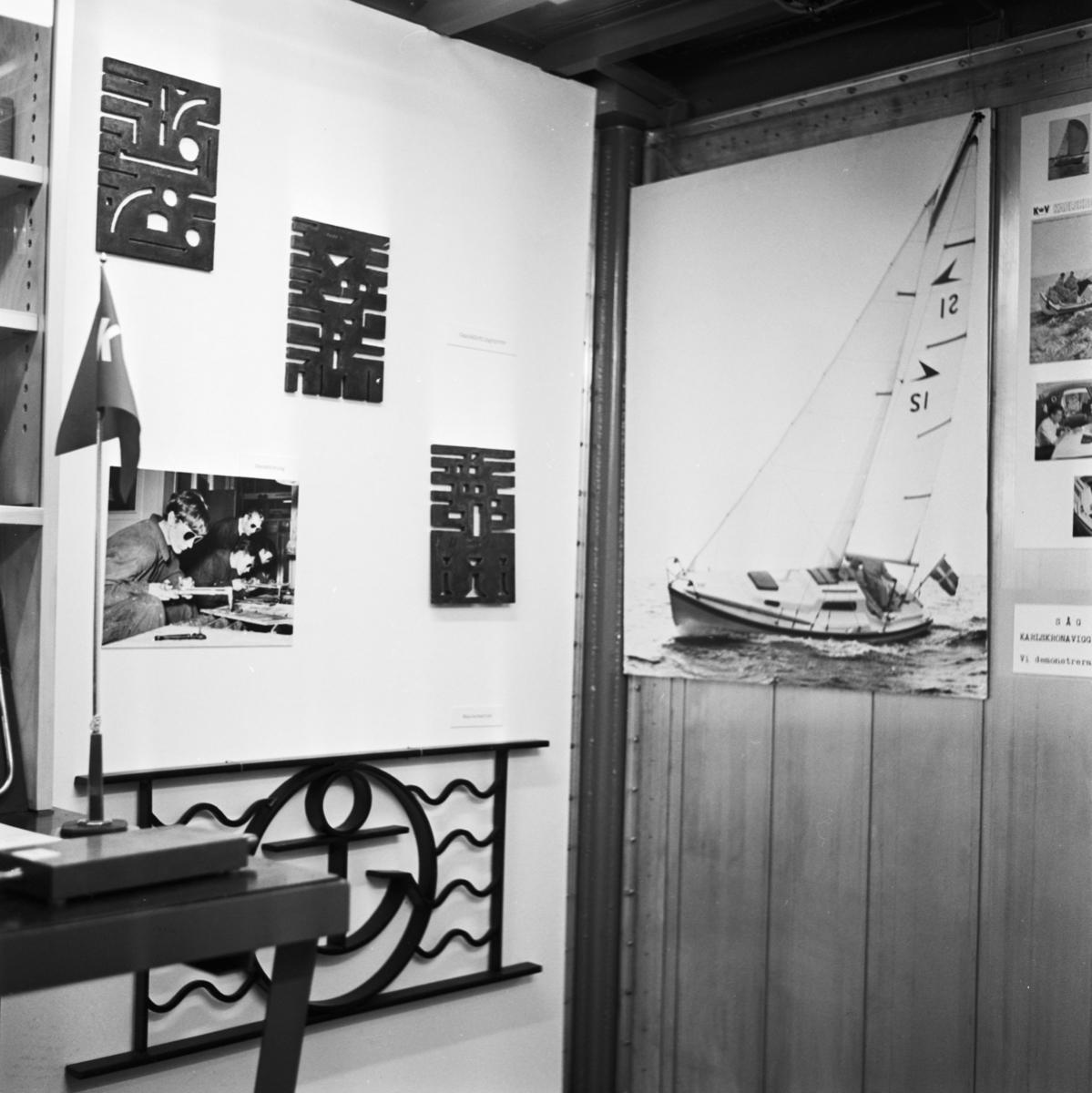 """Övrigt: Foto datum: 22/5 1966 Byggnader och kranar Karlskronavarvets monter """"Sydöstmässan"""""""
