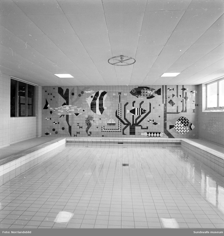 Interiörbilder från det nybyggda badhuset i Timrå.