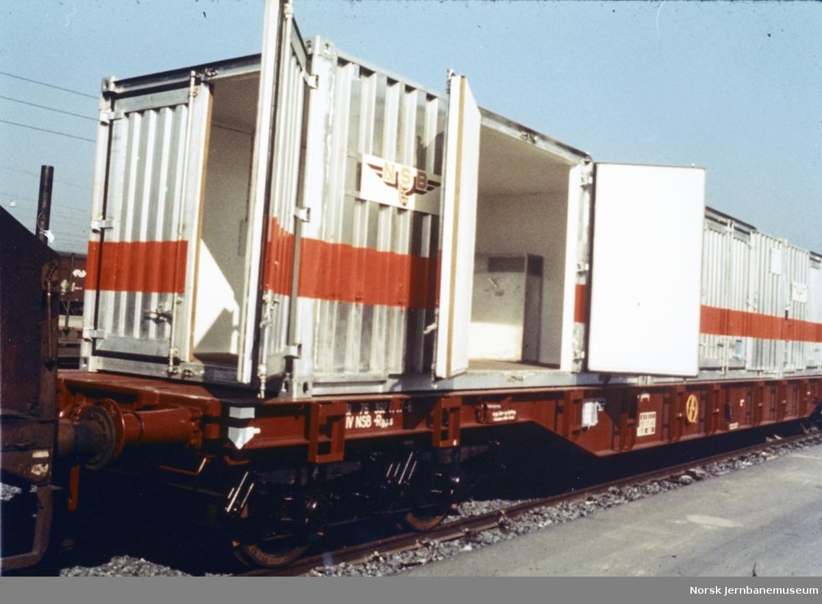 NSB plattformvogn litra Rgps med NSB-containere