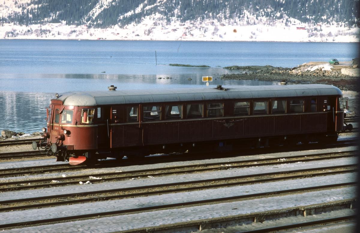 NSB dieselmotorvogn BM 86F 60 i Mo i Rana.