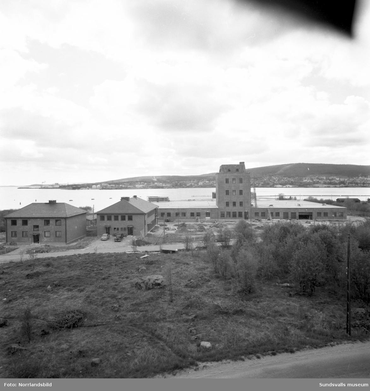 Vin & Spritcentralens nybyggda fabrik i Skönsberg. Exteriörbilder.
