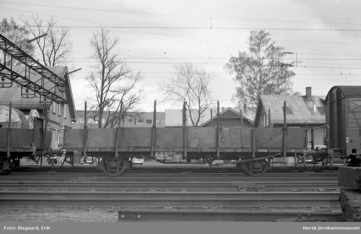 Plattformvogn litra .Om nr. 361 0380 på Ski stasjon