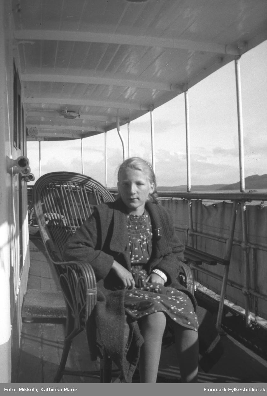 Gudrun Mikkola på hurtigruta, ca. 1934