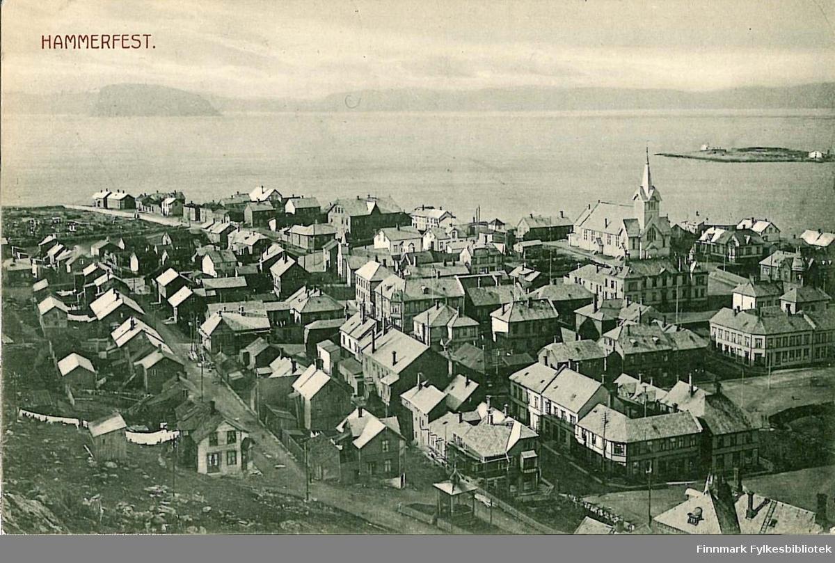 Postkort med motiv fra Hammerfest. Kortet er en julehilsen til Kristen Buck på Hasvik og er sendt fra Hammerfest i 1910.