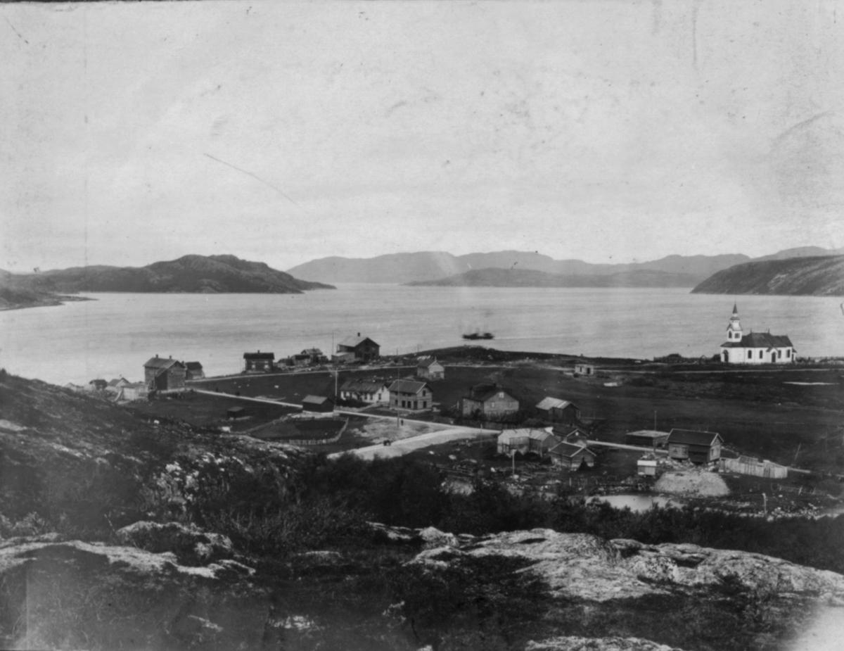 2.1. Kirkenes fra Toppen.24/7 1907. Bildet utgjør et panoramabilde sammen med bilde 2.2.