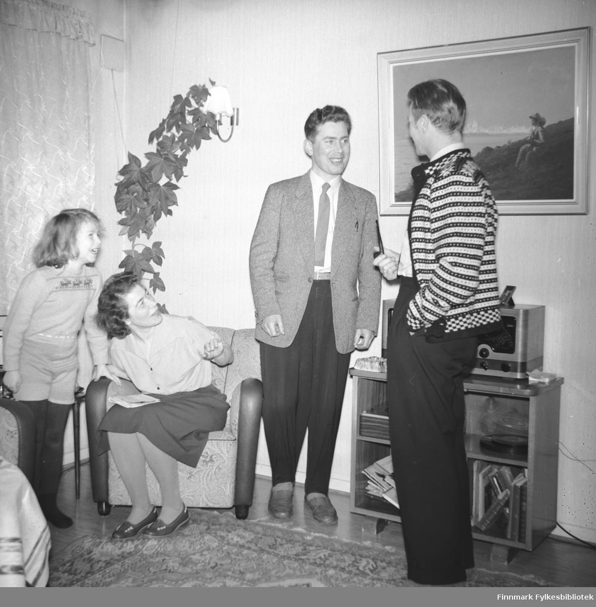 Odd Gabrielsen på besøk hos familien Drannem
