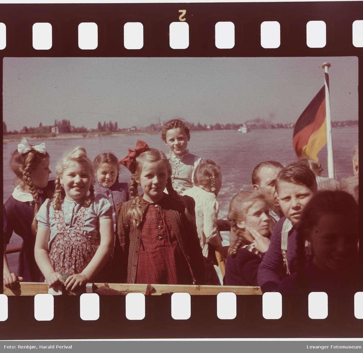 Fra Tyskland i forbindelse med deltakingen på den årlige Fotomessen i Køln. Båtttur på Rhinen.
