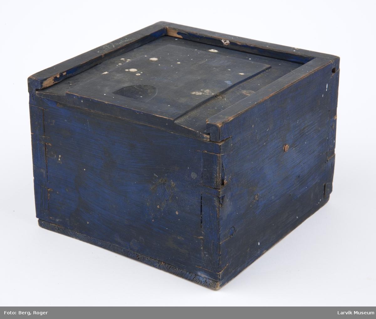 Luftkompass i kasse m skyvelokk