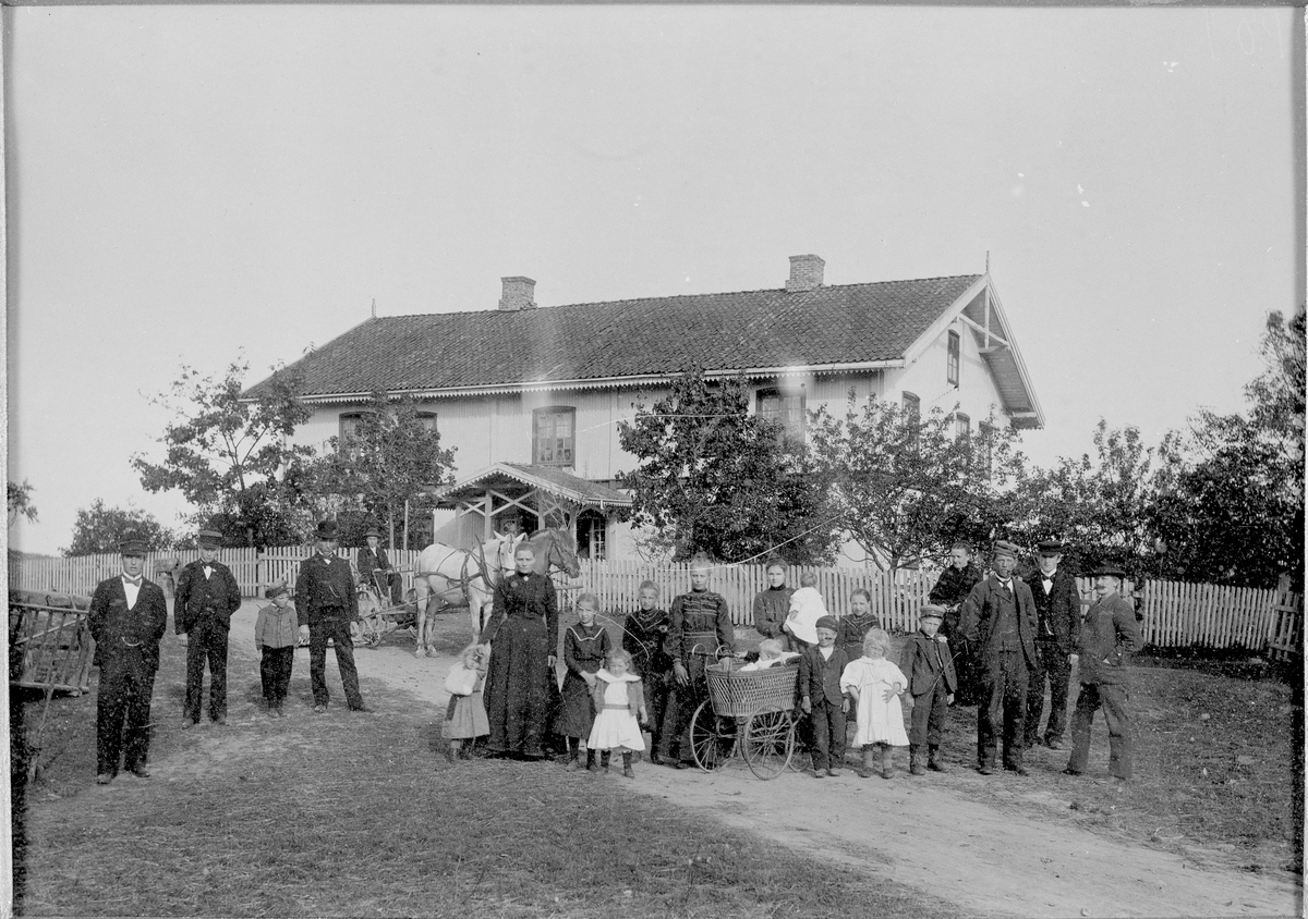 Rakkestad gård i Ekebergdalen, Bildet tatt i 1902.
