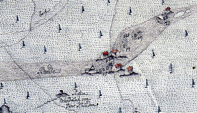 Utsnitt av kart fra 1771. Stollens «Mundloch», åpning, ses nederst. Skjerpenes nummer etter tegnforklaringen: 15: Nr. 6, 5 og 7; 16: Nr. 4 og 8; 17 og 18: gamle skjerp; 19: Nr. 3; 20: Nr. 1 og 2 like sør for to små tjern. En hestegjøpel er tegnet ved Nr. 6. (Norsk Bergverksmuseum KS II A VIII 41, S.H. Madelung og J.G. Madelung) (Foto/Photo)