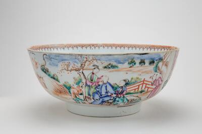 Punsjbolle fra siste halvdel av 1700-tallet. (Foto/Photo)
