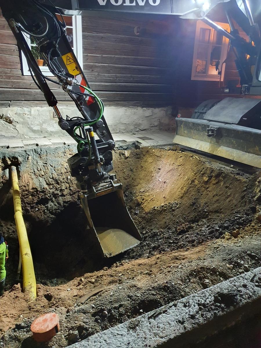 Arkeologisk schaktningsövervakning, Prästtägten Västra Falun. Schaktet under grävning från öst-sydöst