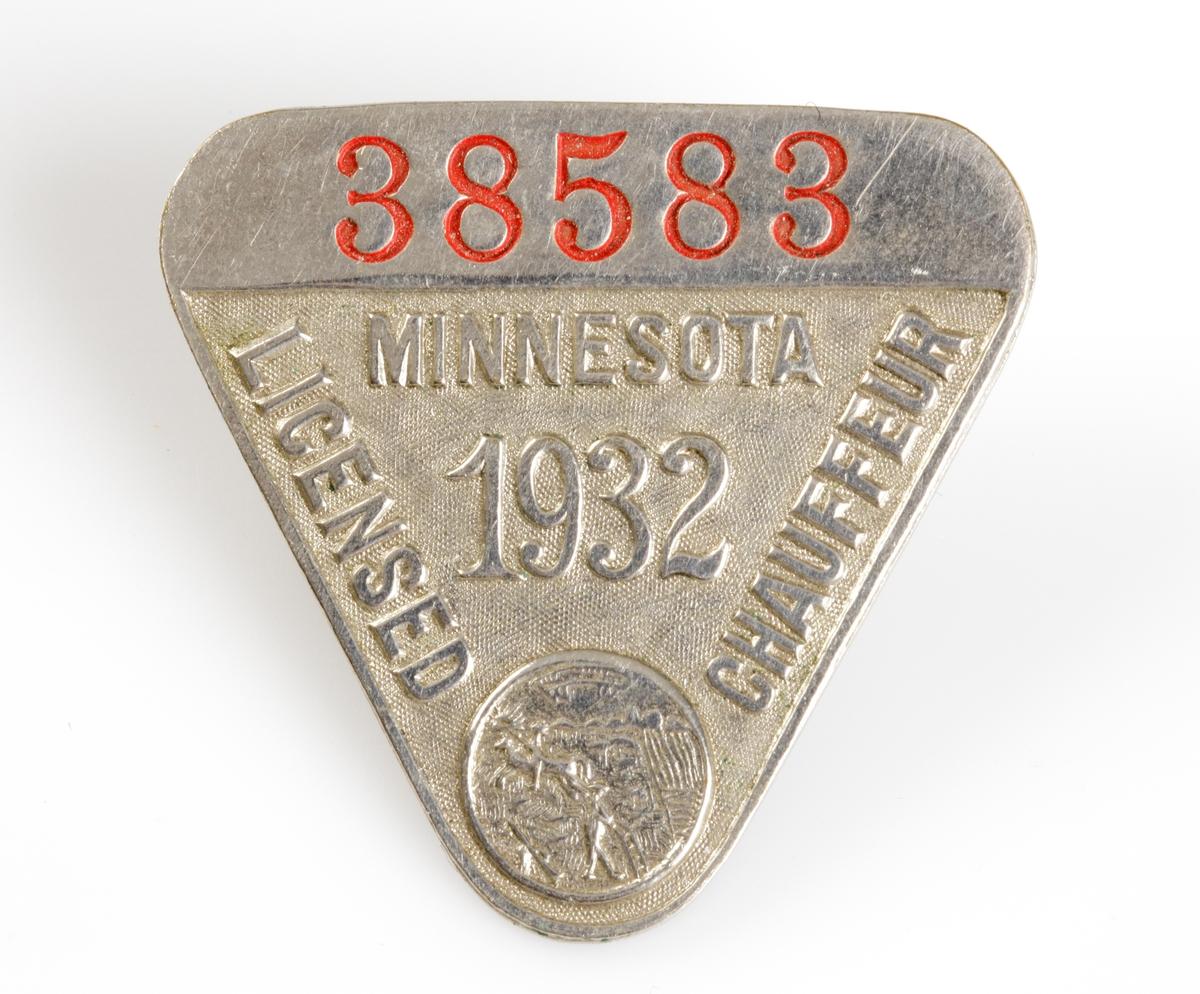 Nålmärke. Chaufförlicens Minnesota år 1932.