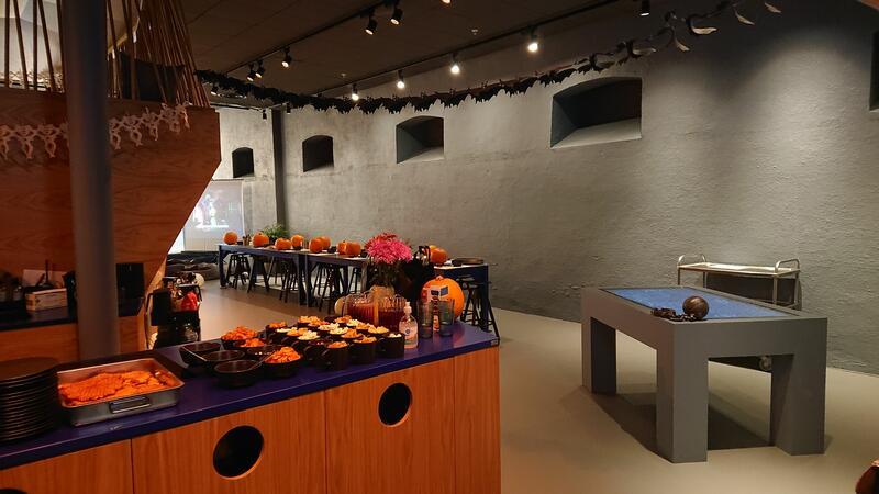 Halloween Lab for ungdom (Foto/Photo)