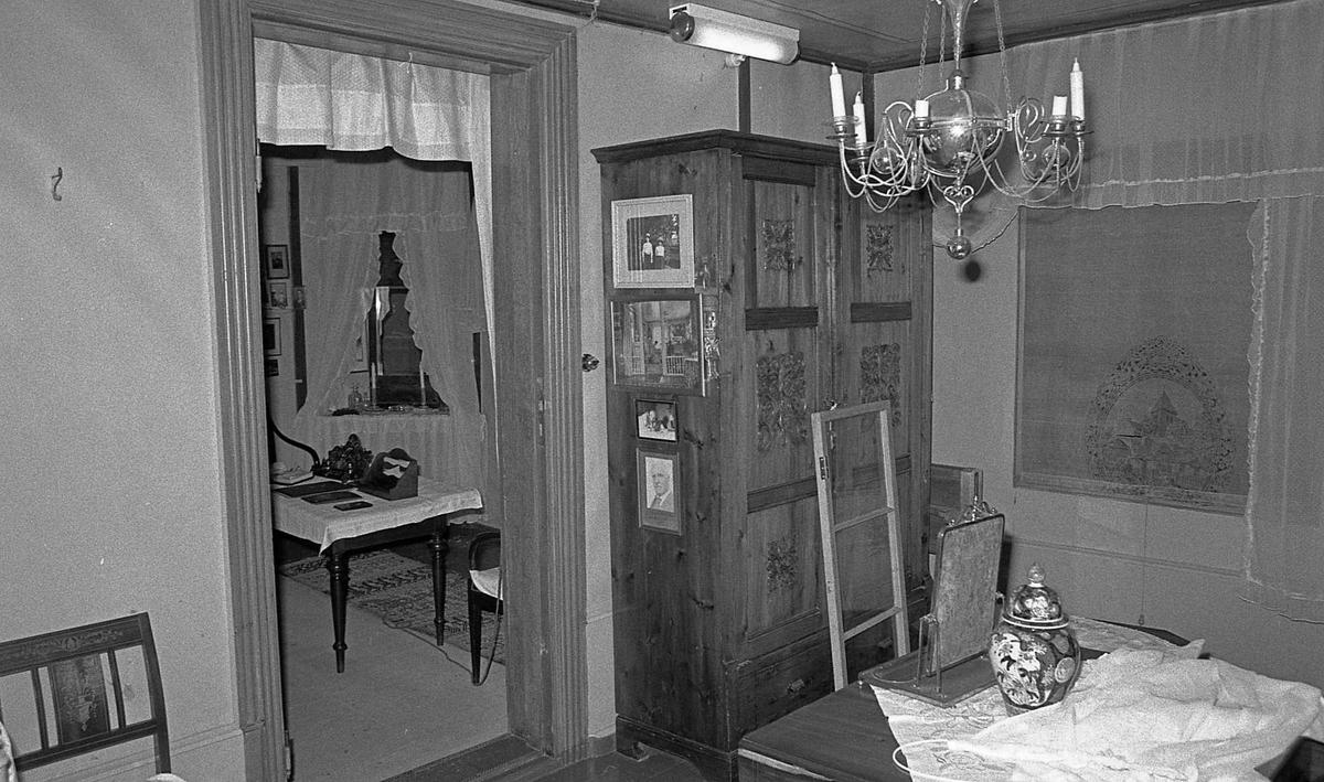 DOK:1971, Aulestad, interiør, soveværelse, bord, skap, stol ...