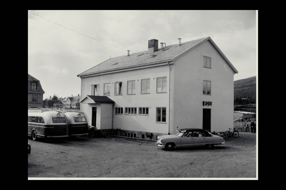 eksteriør, postkontor, 8400 Sortland, buss