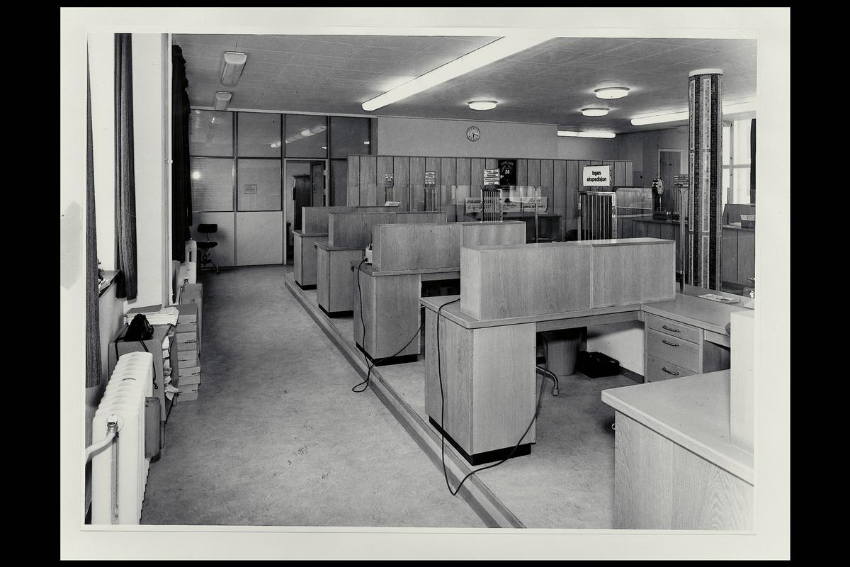 interiør, postkontor, 3250 Larvik, ekspedisjon