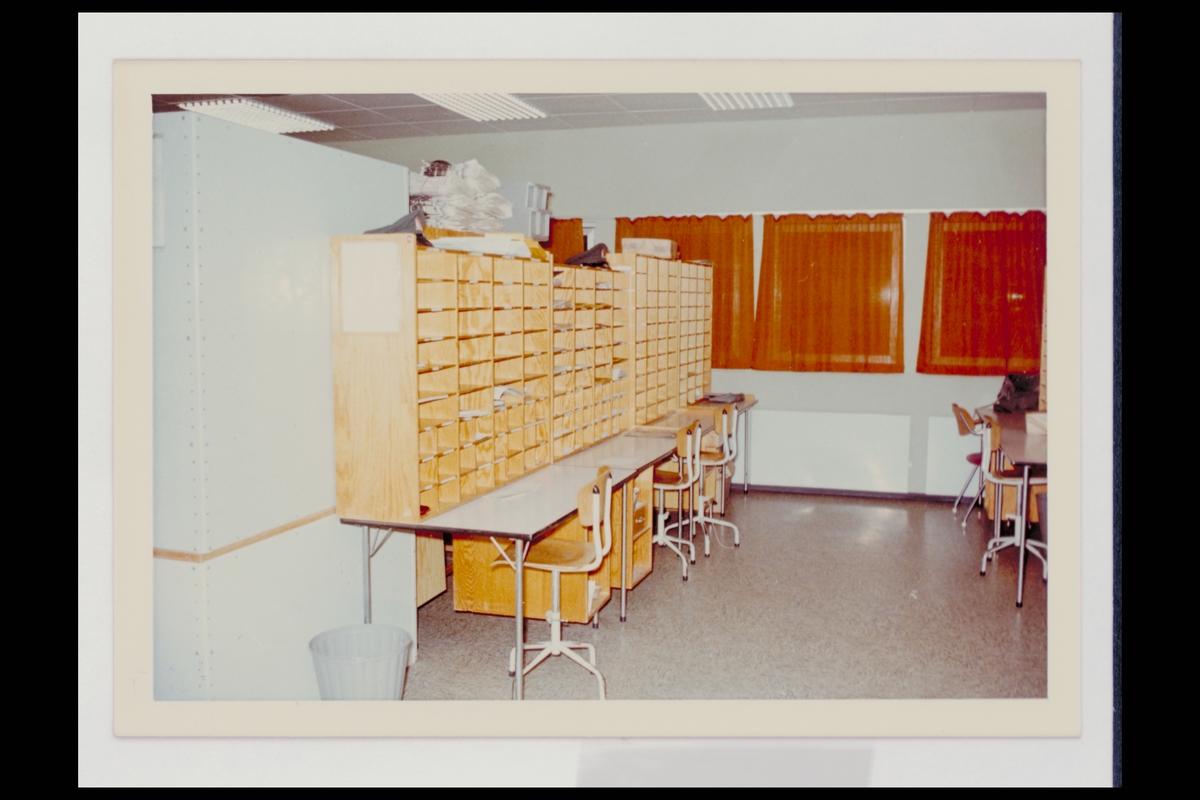 interiør, postkontor, 3080 Holmestrand, sortering